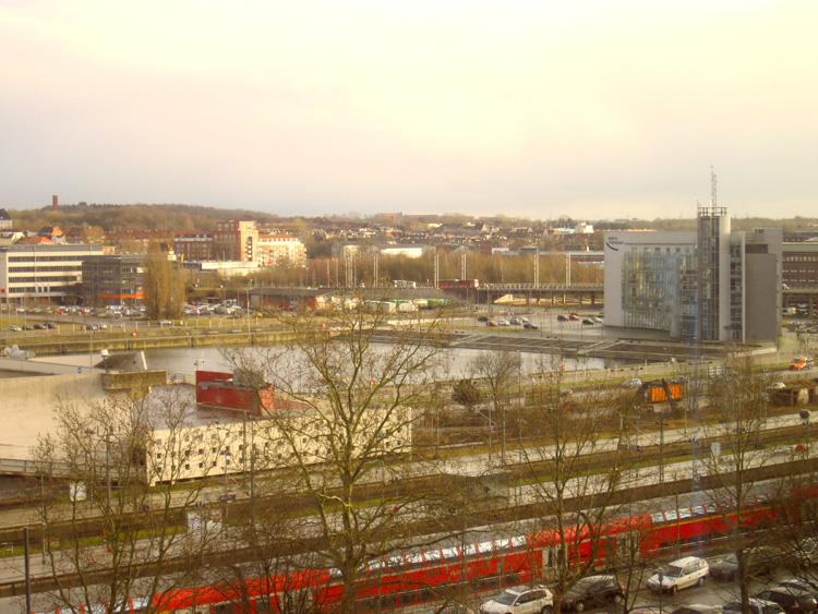 Die Sonne findet auch nach Kiel den Weg.